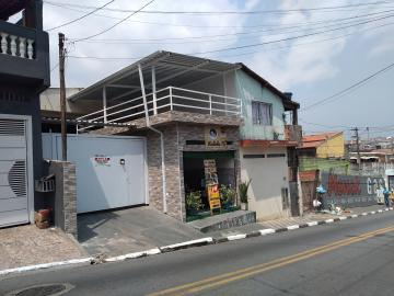Casa / Terrea em Carapicuíba