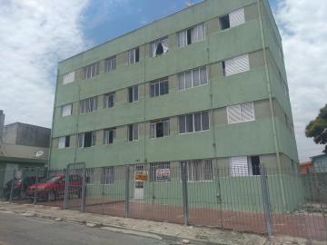 Apartamento / Padrão em Osasco Alugar por R$850,00