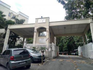 Apartamento / Padrão em Cotia Alugar por R$550,00