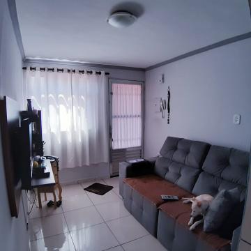 Apartamento / Padrão em Carapicuíba , Comprar por R$125.000,00