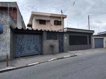 Carapicuiba Centro Casa Locacao R$ 850,00 1 Dormitorio 1 Vaga Area construida 47.91m2