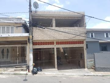Alugar Casa / Assobradada em Osasco. apenas R$ 950,00