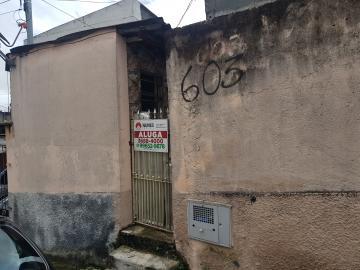 Alugar Casa / Terrea em Osasco. apenas R$ 700,00