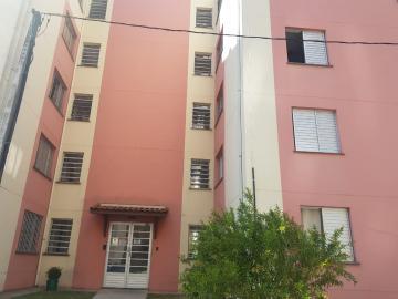 Apartamento / Padrão em Osasco Alugar por R$750,00