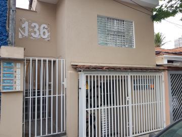 Casa / Terrea em Osasco Alugar por R$980,00