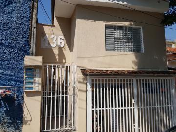 Casa / Terrea em Osasco Alugar por R$890,00