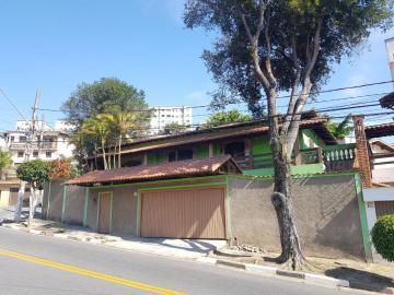 Casa / Terrea em Osasco Alugar por R$3.500,00