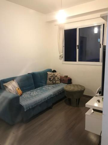 Apartamento / Padrão em Barueri , Comprar por R$240.000,00