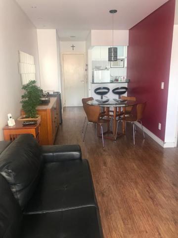 Apartamento / Padrão em Barueri , Comprar por R$270.000,00