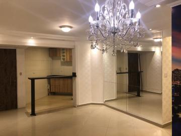 Apartamento / Padrão em Osasco , Comprar por R$212.000,00