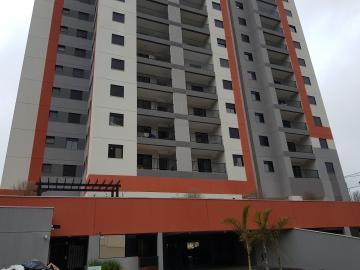 Apartamento / Padrão em Osasco Alugar por R$780,00