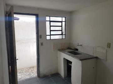 Alugar Casa / Terrea em Osasco R$ 730,00 - Foto 8