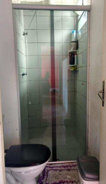 Comprar Apartamento / Padrão em Carapicuíba R$ 160.000,00 - Foto 6