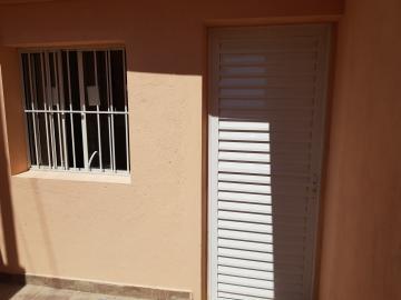 Casa / Assobradada em Osasco Alugar por R$600,00
