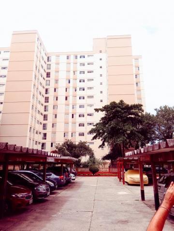 Apartamento / Padrão em Osasco , Comprar por R$280.000,00