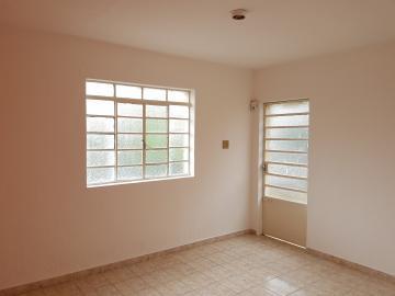 Casa / Assobradada em Osasco Alugar por R$1.100,00