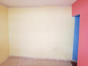 Alugar Casa / Terrea em Osasco R$ 650,00 - Foto 4