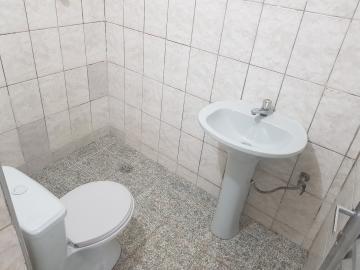 Alugar Casa / Terrea em Osasco R$ 500,00 - Foto 9