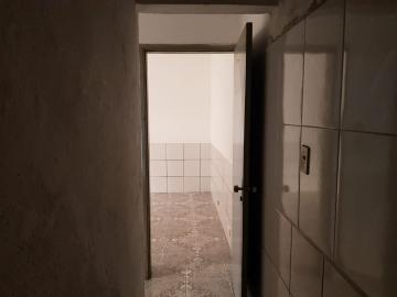 Alugar Casa / Terrea em Osasco R$ 800,00 - Foto 13