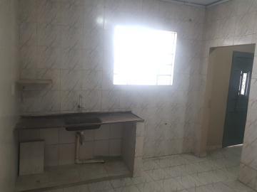 Alugar Casa / Terrea em Osasco R$ 850,00 - Foto 1