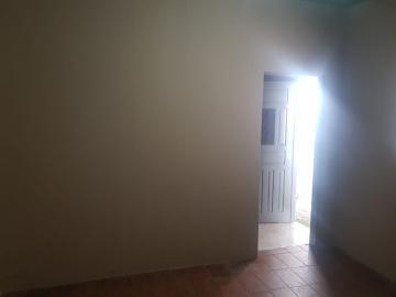 Alugar Casa / Terrea em Osasco R$ 850,00 - Foto 5