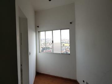Alugar Casa / Assobradada em Osasco R$ 756,00 - Foto 4