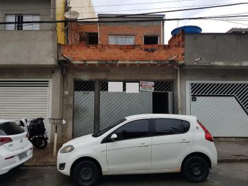 Casa / Terrea em Carapicuíba Alugar por R$1.000,00