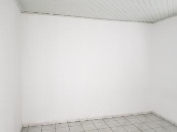 Alugar Casa / Terrea em Osasco R$ 1.200,00 - Foto 5