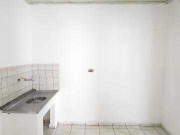 Alugar Casa / Terrea em Osasco R$ 1.200,00 - Foto 9