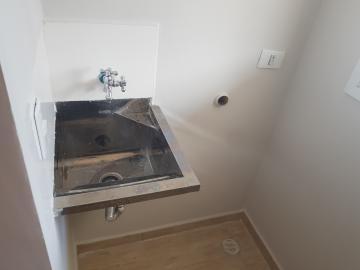 Alugar Apartamento / Padrão em São Paulo R$ 1.500,00 - Foto 7