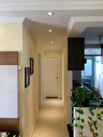 Comprar Apartamento / Padrão em Carapicuíba R$ 250.000,00 - Foto 4