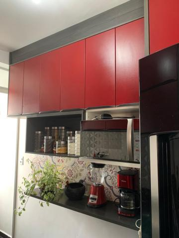 Comprar Apartamento / Padrão em Carapicuíba R$ 250.000,00 - Foto 7