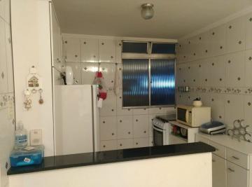 Comprar Apartamento / Padrão em Carapicuíba R$ 160.000,00 - Foto 3