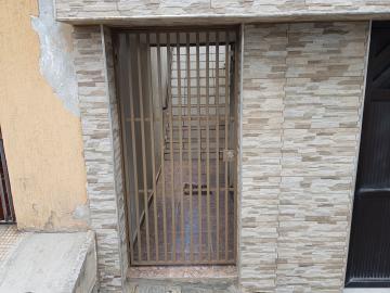 Casa / Assobradada em Osasco Alugar por R$1.000,00