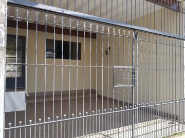 Casa / Assobradada em Osasco Alugar por R$1.680,00