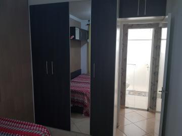 Alugar Apartamento / Padrão em São Paulo R$ 1.800,00 - Foto 13