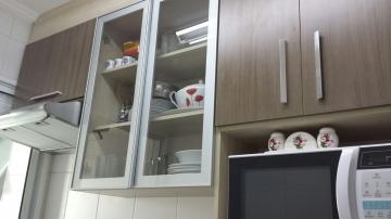 Alugar Apartamento / Padrão em Jandira. apenas R$ 220.000,00