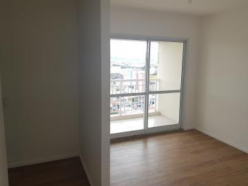 Apartamento / Padrão em Osasco Alugar por R$1.450,00