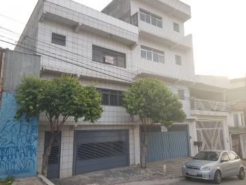 Alugar Casa / Assobradada em Carapicuíba. apenas R$ 800,00
