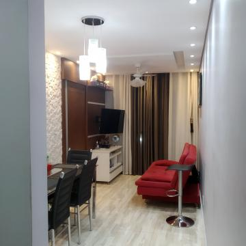 Alugar Apartamento / Padrão em Carapicuíba. apenas R$ 195.000,00