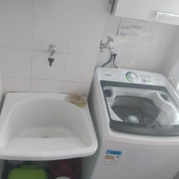 Comprar Apartamento / Padrão em Carapicuíba R$ 195.000,00 - Foto 5