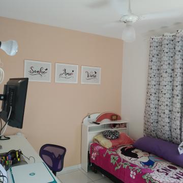 Comprar Apartamento / Padrão em Carapicuíba R$ 195.000,00 - Foto 9