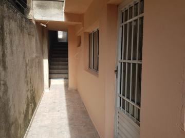 Alugar Casa / Assobradada em Osasco R$ 780,00 - Foto 2