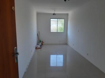 Alugar Apartamento / Padrão em Carapicuíba. apenas R$ 175.000,00
