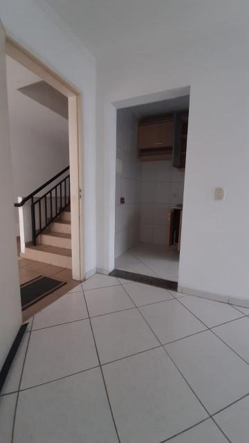 Comprar Apartamento / Padrão em Carapicuíba R$ 190.000,00 - Foto 14