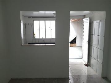 Alugar Casa / Assobradada em Osasco R$ 800,00 - Foto 6