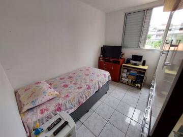 Comprar Apartamento / Padrão em Osasco R$ 165.000,00 - Foto 12