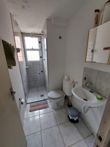 Comprar Apartamento / Padrão em Osasco R$ 165.000,00 - Foto 17
