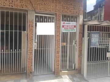 Alugar Casa / Assobradada em Osasco. apenas R$ 850,00